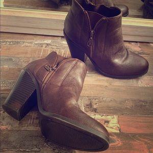 GUESS Women's Block-Heel Booties -